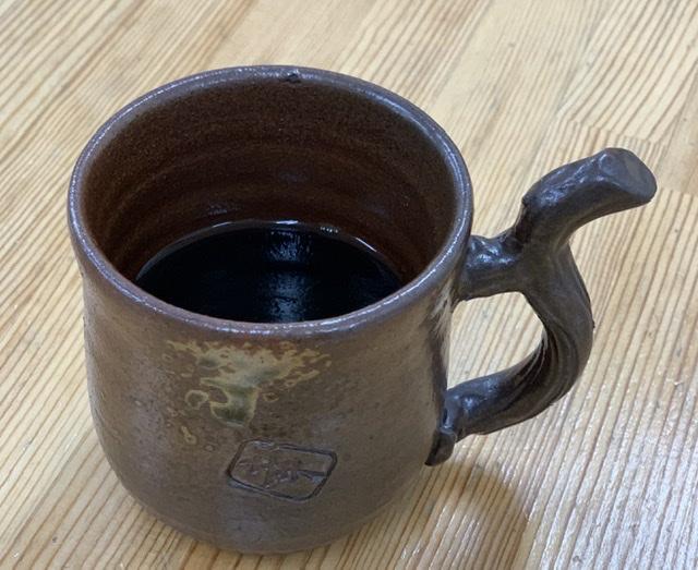 コーヒーには足ついてないよ〜🎶